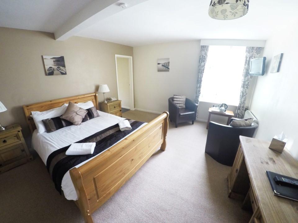 royal lodge room 13