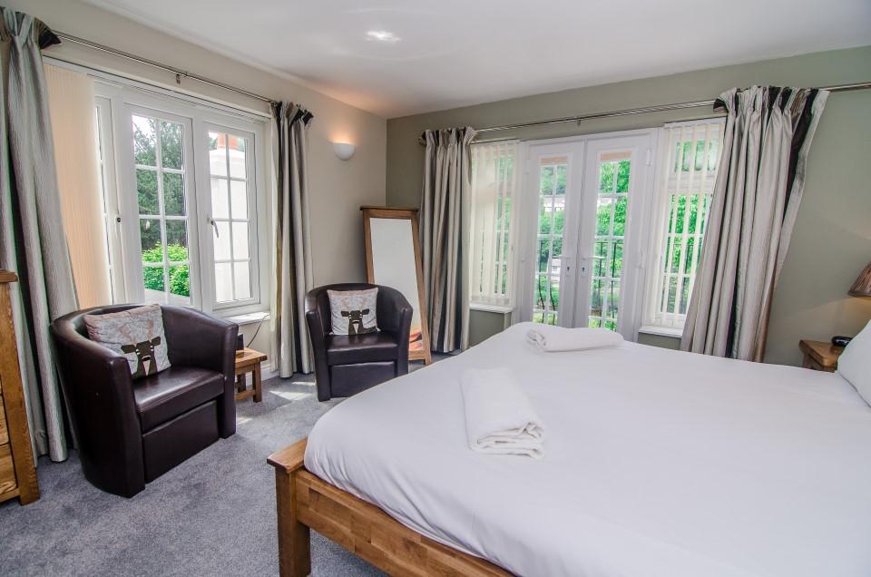 royal lodge room 4